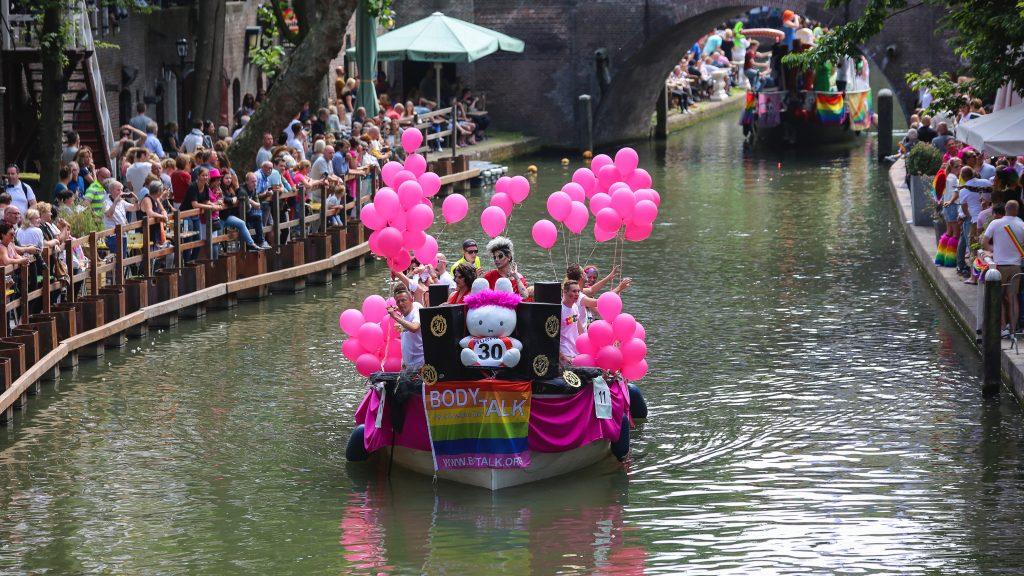 BodyTalk canal boat parade