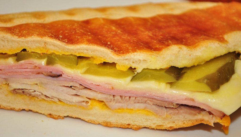 Sandwich boat snack